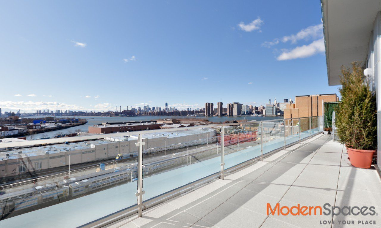 MURANO'S 1ST RESALE**SUNDRENCHED 2BED/2BATH**CITY & RIVER VIEWS