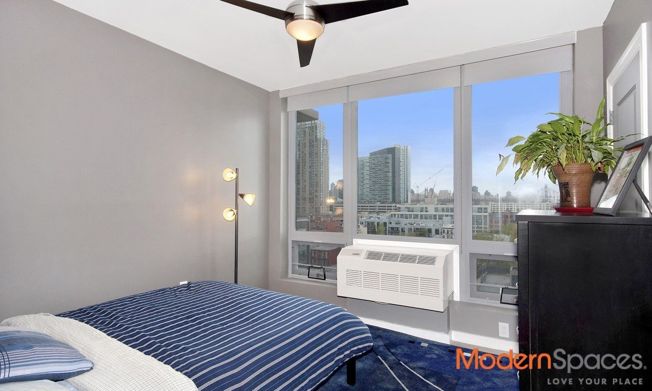 RESALE – ONE HUNTERS POINT – ONE BED W/GORGEOUS CITY VIEWS