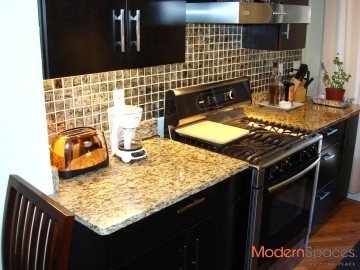 EXCELLENT 2 BR + 2 BA  -AVAIL MAY 10TH-