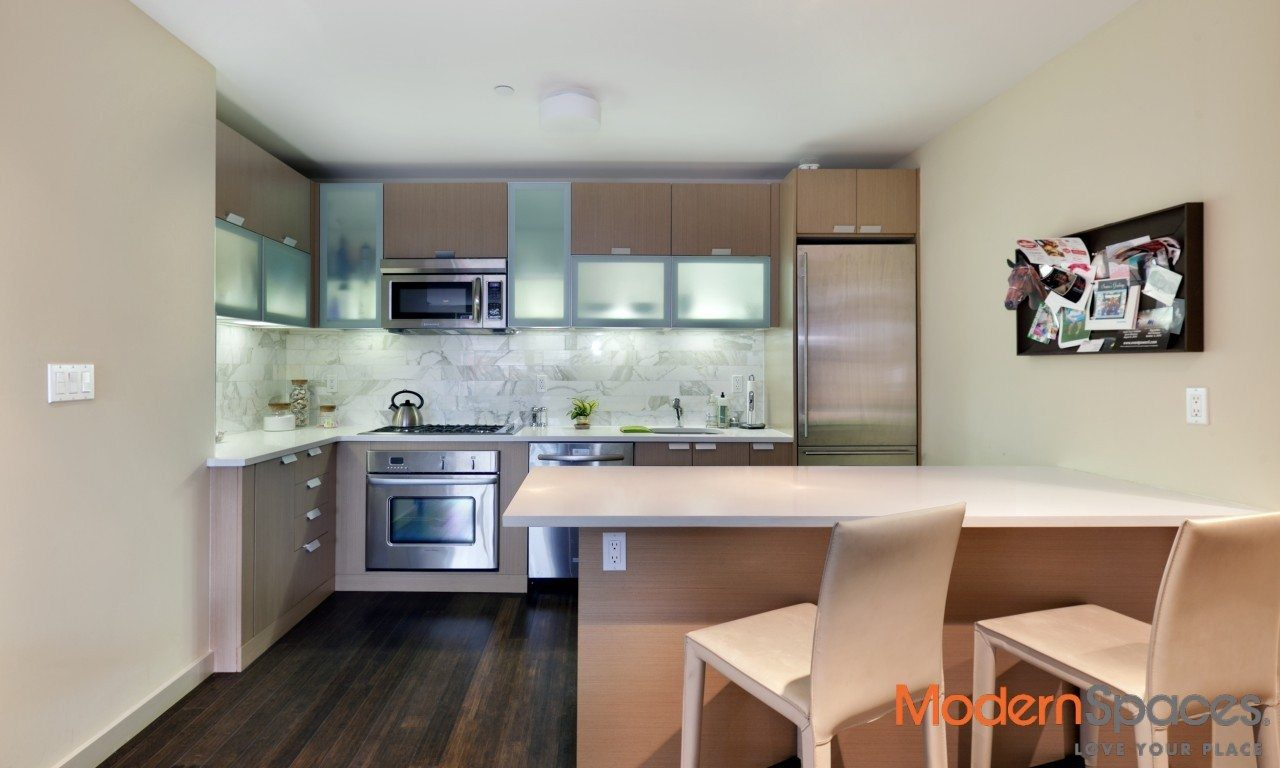 LUXURY 2BR/2BA CONDO – PARKING AVAILABLE