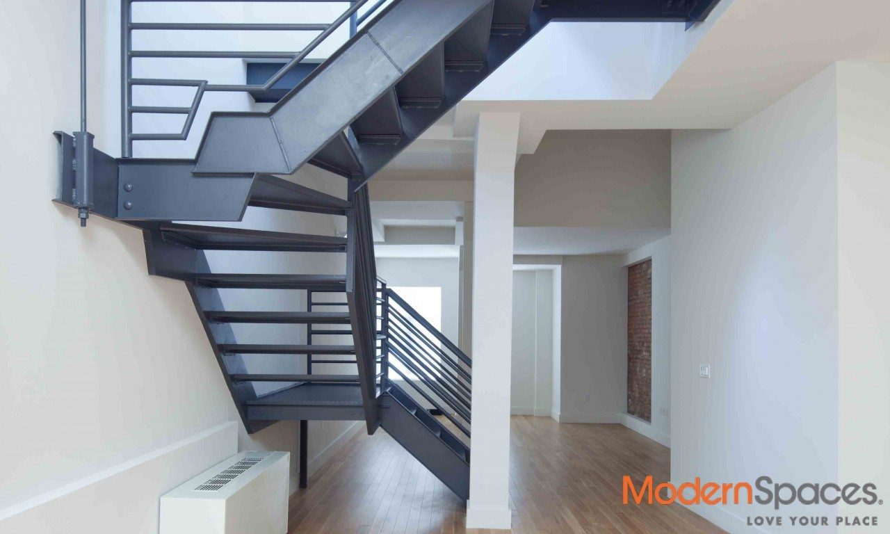 LUXURY 4 BR + 4 BA + PRIVATE TERRACE -AVAIL IMM-