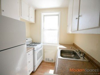 ***Sunny! Spacious! Great 2BR in Forest Hills***