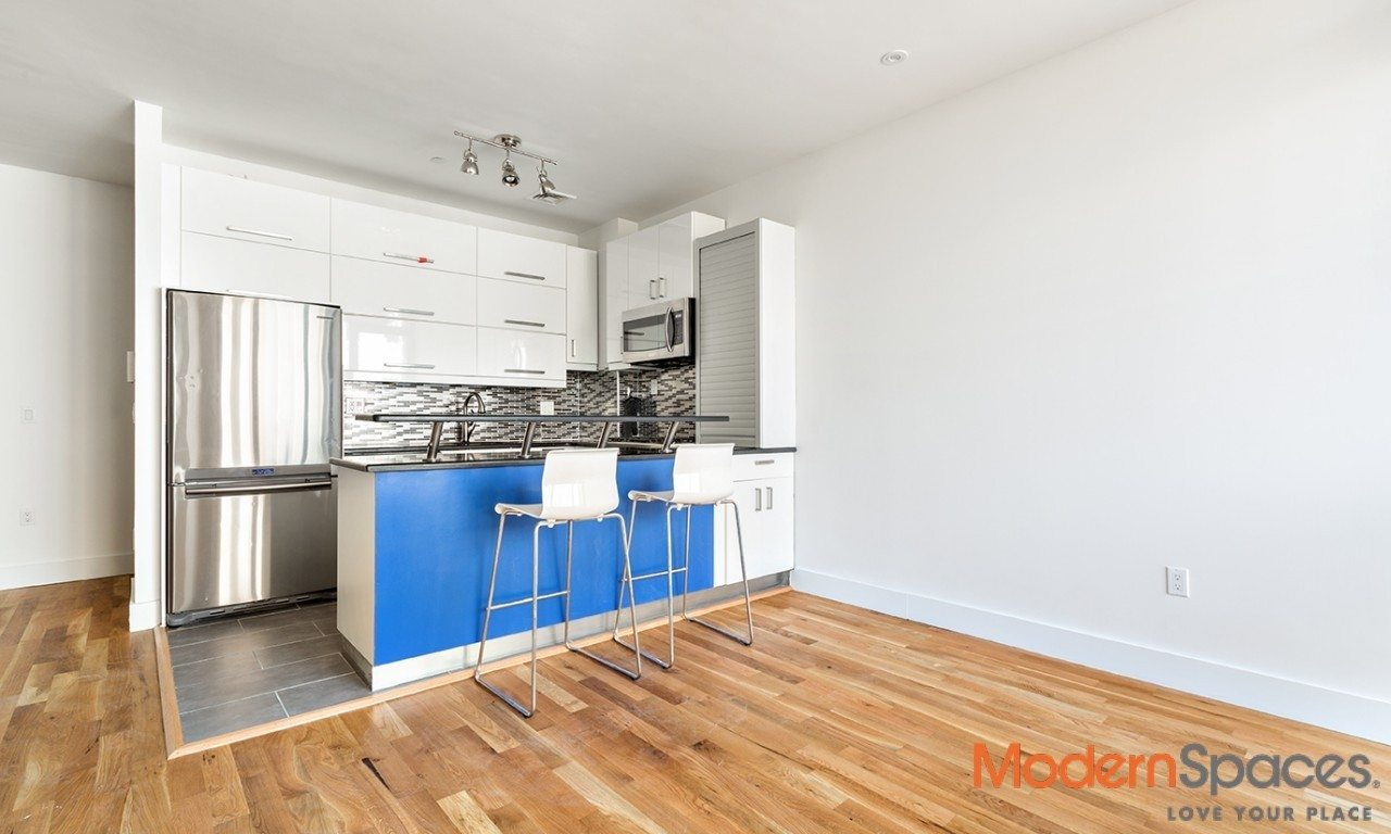 New to market, beautiful townhouse like 2 brs/2bths duplex with private backyard