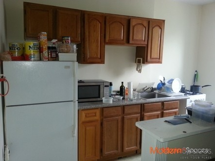 SPACIOUS 1 BEDROOM LOCATED BETWEEN BROADWAY & 30th AVE 5 MINUTES to N TRAIN!