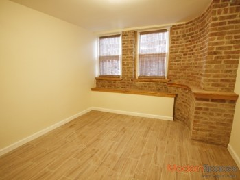 *All New 3 Bed/1.5 Baths/ Exposed Brick / Great Location !