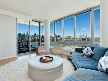 No fee, free pool, large 3 bedrooms, 3 baths with views of the river and Manhattan skyline