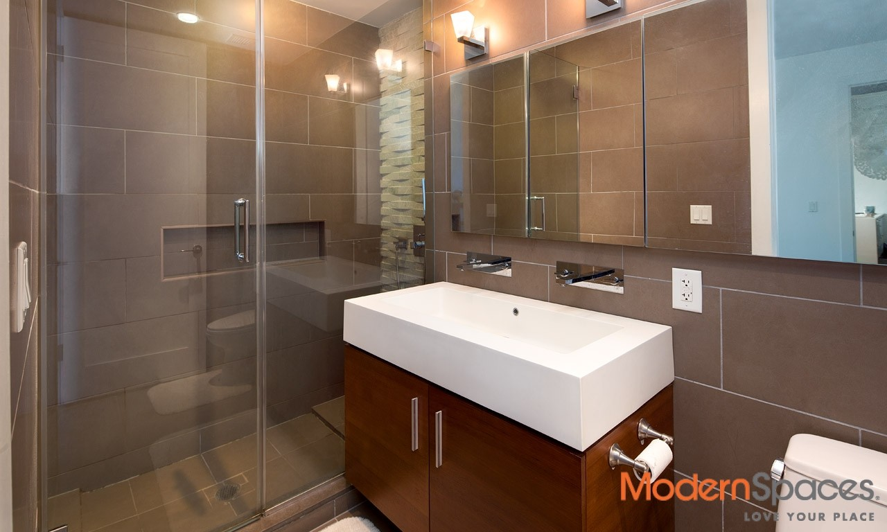 Lovely 2 bed with balcony for rent at the Murano Condo – $3600 – Available Immediately