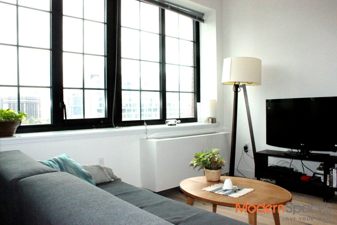 no fee alcove studio rental with manhattan view at the pearson court
