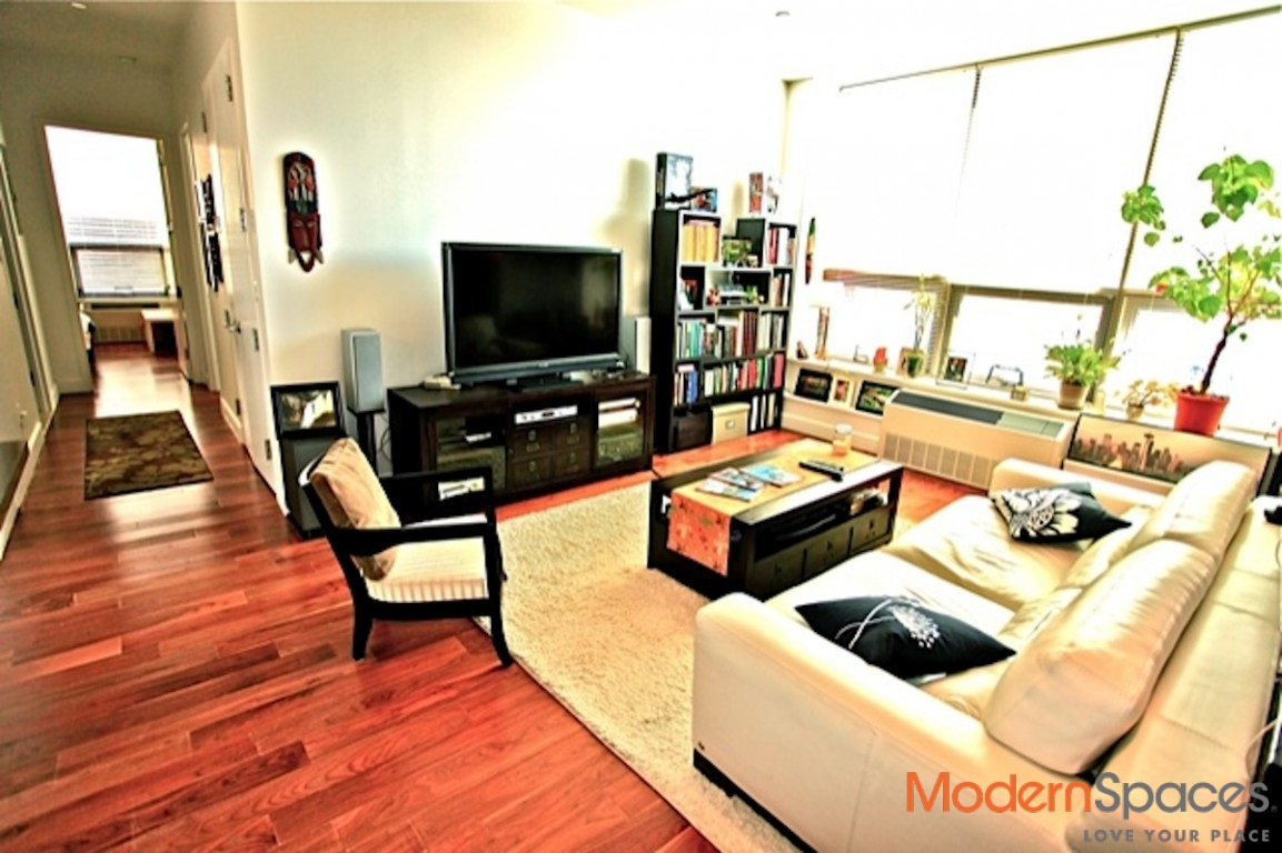 Spacious, lofty and bright 2 bed Rental – Powerhouse Unit 213