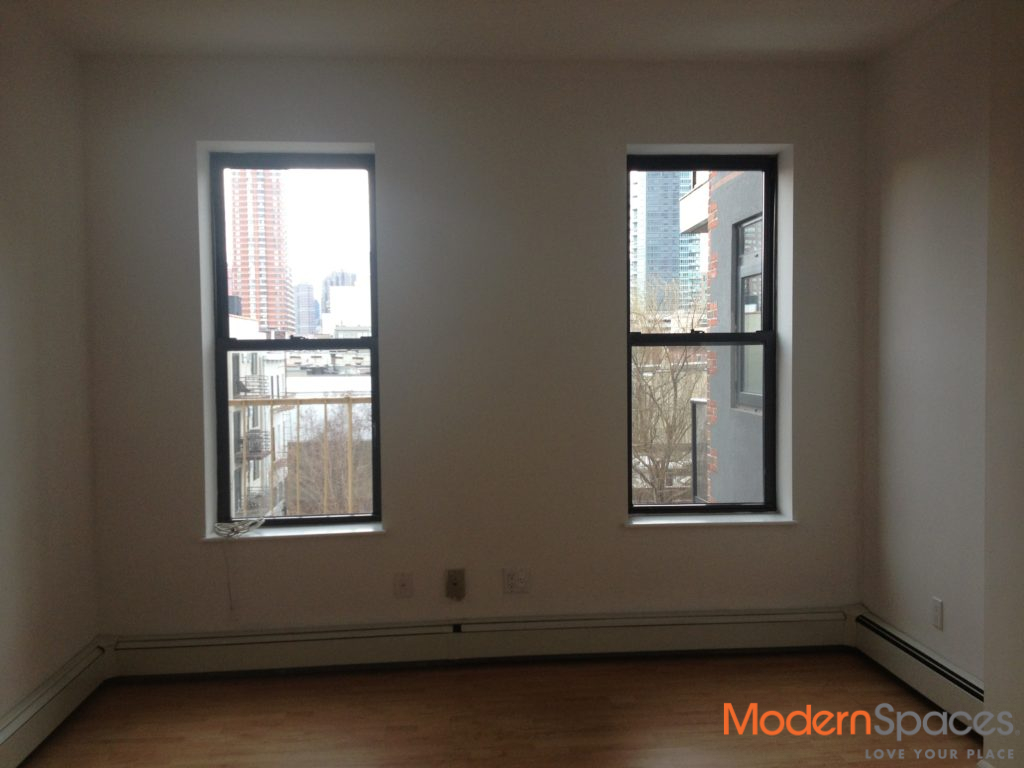 GREAT OPPORTUNITY/LOCATION – AWESOME RENOVATED ONE BED WALK UP W/D IN BLDG