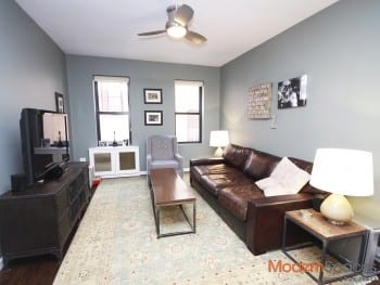 *Spacious Designer One Bed Apt * Elevator * Prime 30th Avenue !!