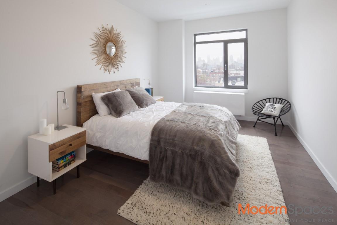 2 BEDROOM/1 BATH LUXURY APARTMENT
