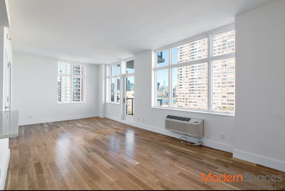 Beautiful 2 Bed/ 2 Bath With Water View