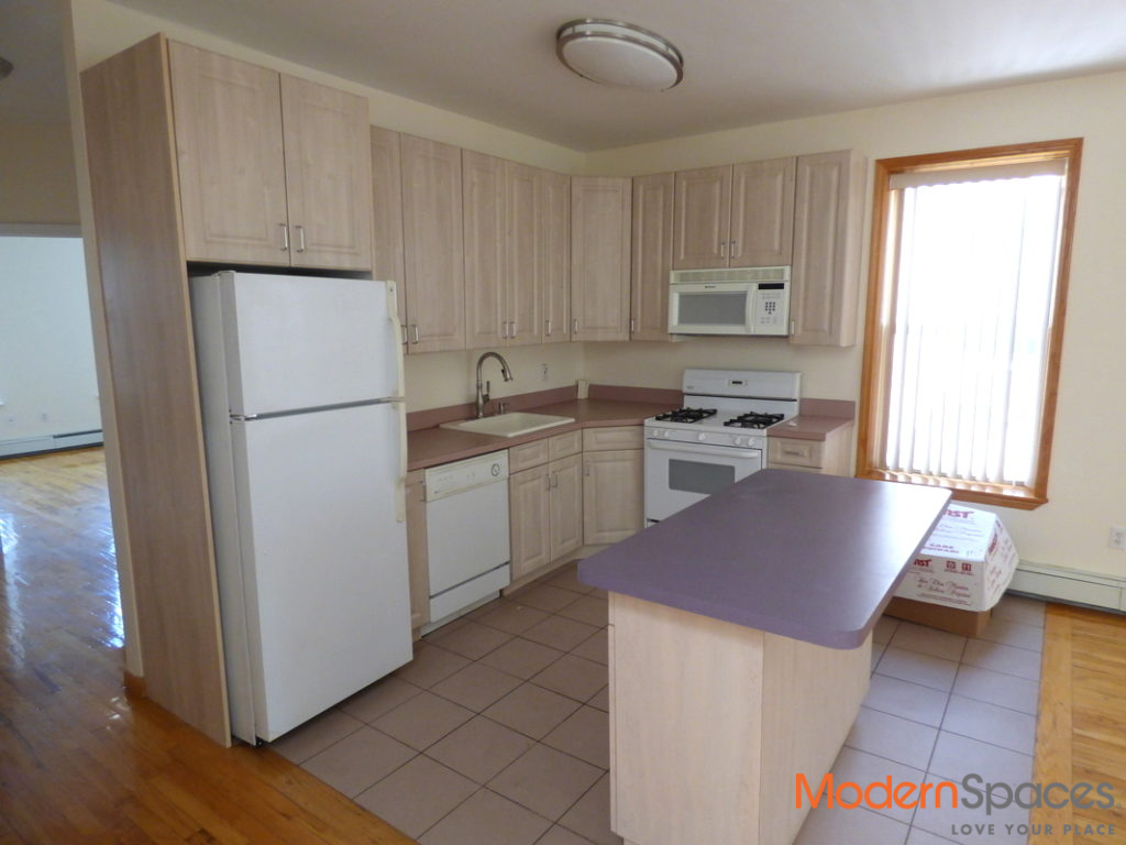 Newly Renovated 3Bed/2Baths in the Heart of Astoria