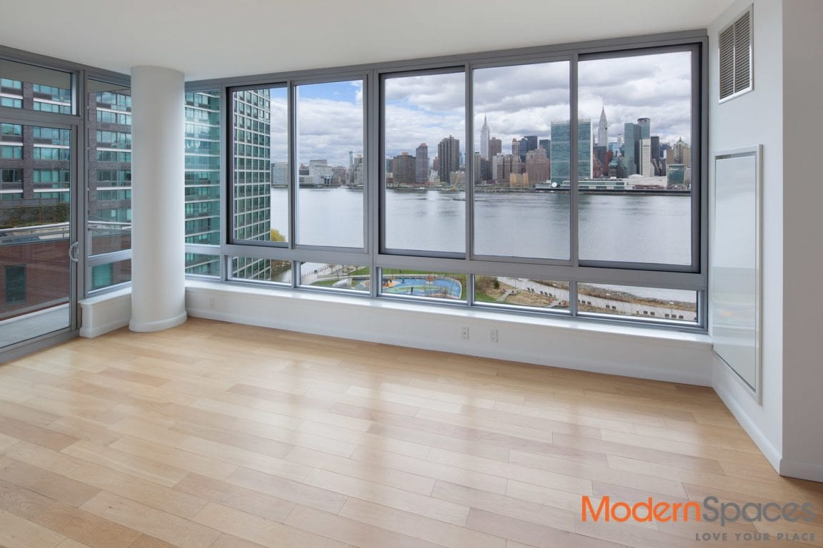 PRICED TO SELL!! – LUXURY – CITY VIEWS!!!  1,459 SQ FT 2 BED/2 BATH W/BALCONY AND POOL AT THE VIEW CONDOS