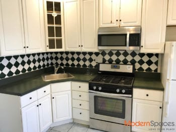 GREAT 2 BR + 1 BA CONVERTIBLE TO 3 BR WALK-UP, -AVAIL IMM-