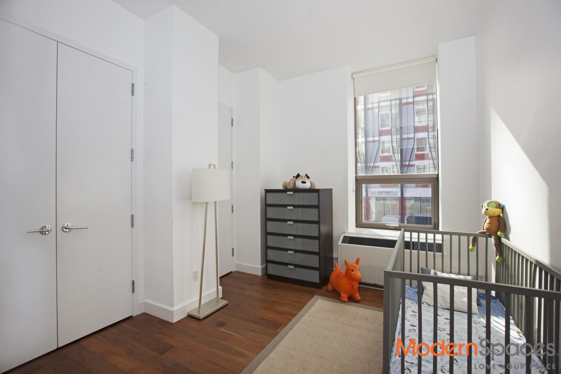 MASSIVE LIVING ROOM w/ Terrace 1333 SF Corner 2BR/2BA at Powerhouse