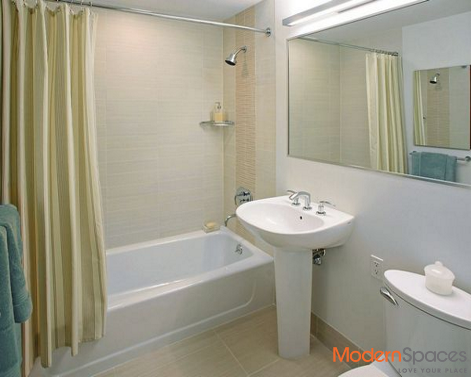 NO FEE Gorgeous 3 Bedroom/3 Bathroom with Central Park Views Available Immediately