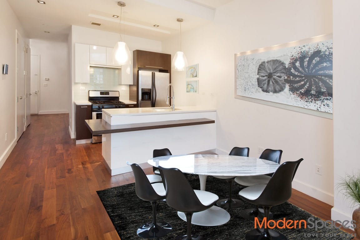 NEW $1500 SPRING REBATE On Top of Price Reduction for this Unique Rotunda LR & 1 Bed w/ Home Office – Flex 2Br in Popular Powerhouse