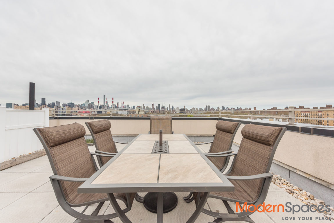 One Of A Kind!!! Spectacular 2bed/2bath PH With A 1300sf Private Roof Deck + City Views