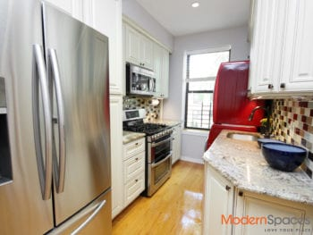 NEWLY RENOVATED 3 BEDROOM IN PRIME ASTORIA LOCATION! WASHER DRYER IN UNIT