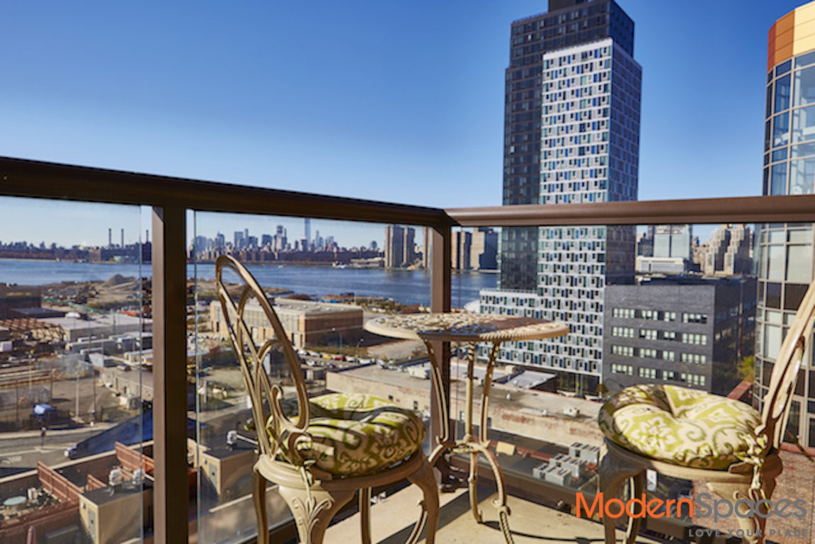 Unique 2 Bed / W Amazing Southern Views of NYC & BKLYN