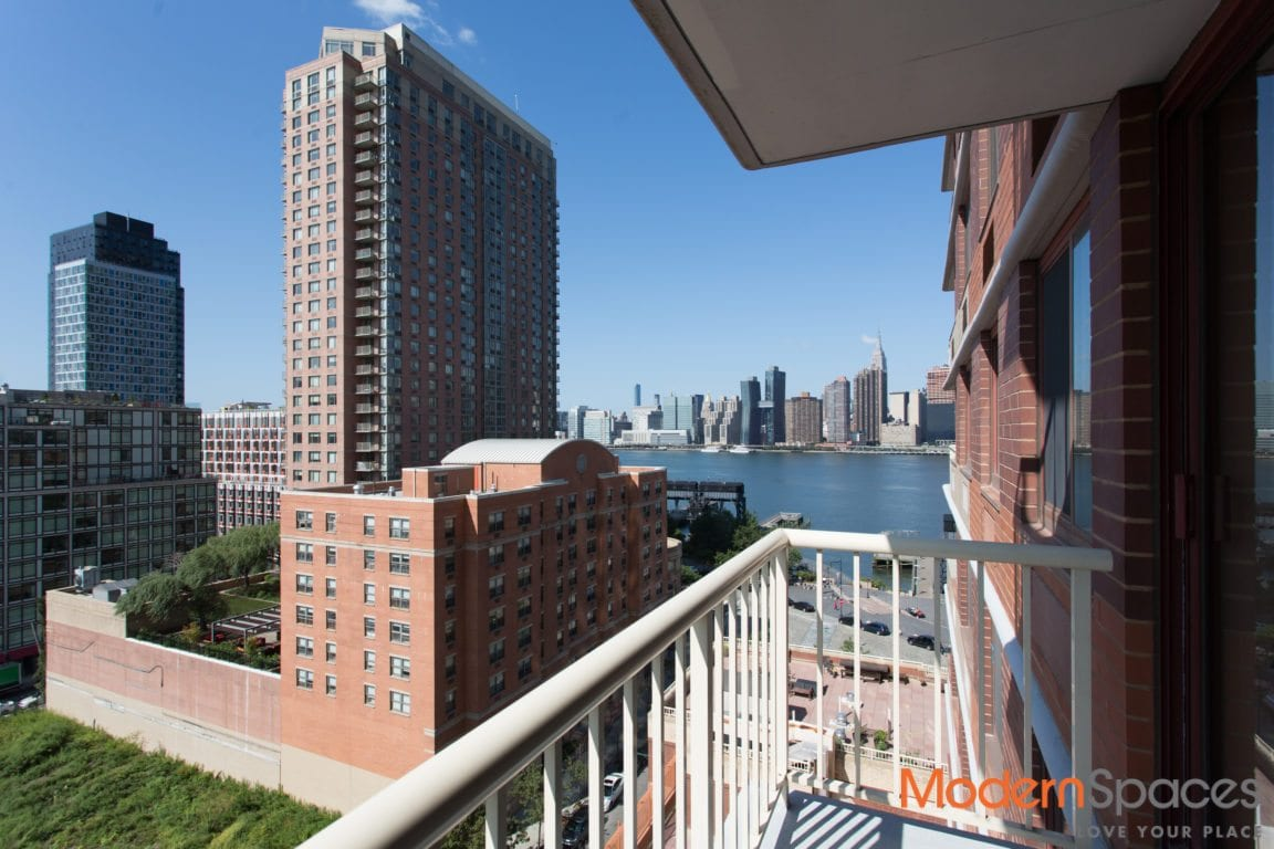 South Facing Convertible 2 Bedroom w/ Balcony and Views