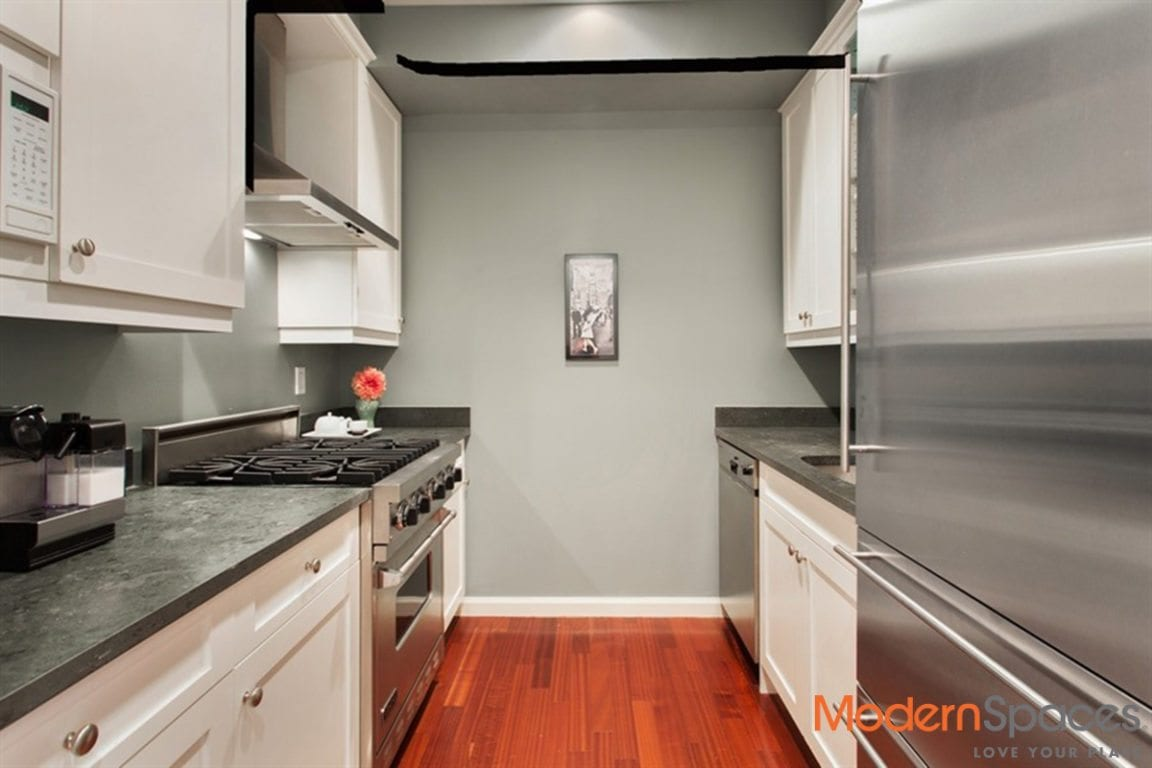 FEELS & FUNCTIONS LIKE A 2BR/2THS 4.5 ROOMS 1131 SQF CONDO