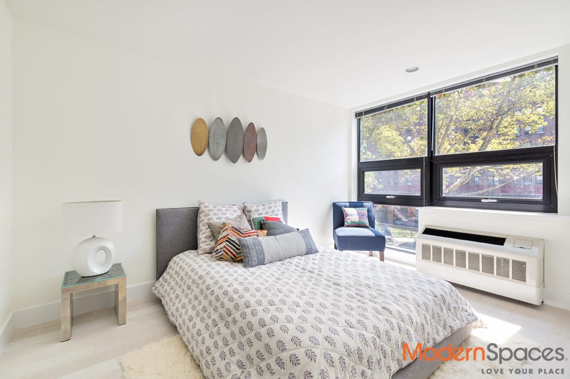 Modern 2 Bed 2 Bath w/ Balcony – Gym, Laundry On Site