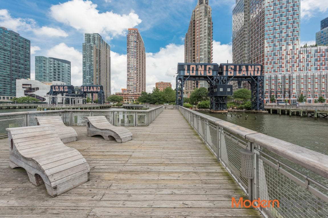Renovated South Facing 1 Bedroom Steps to Waterfront