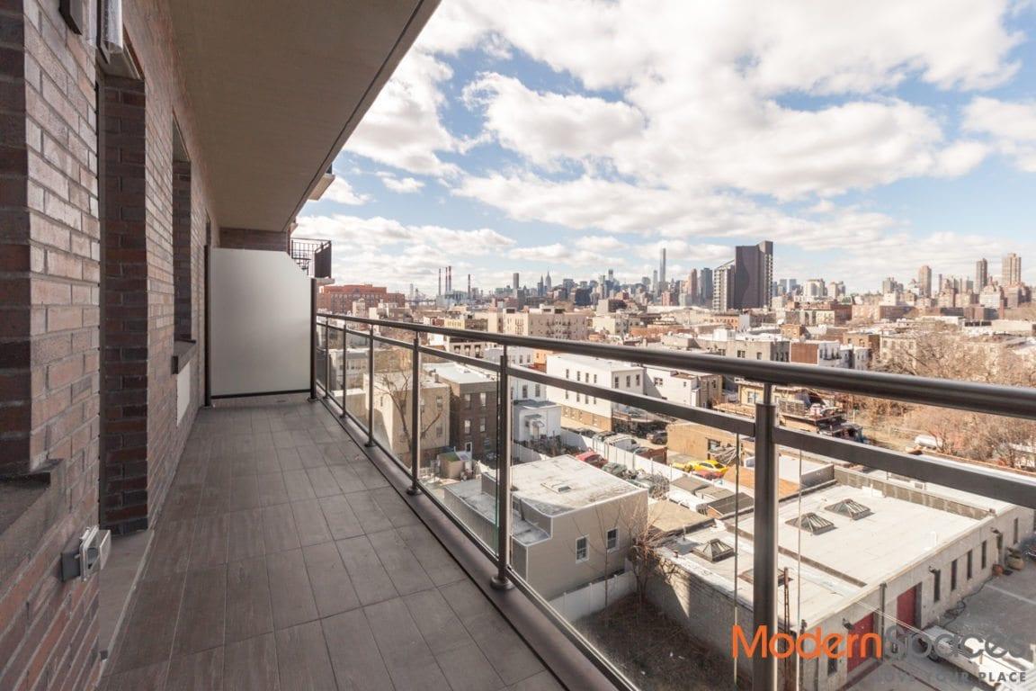 Modern 1 Bed 1 Bath w/ Balcony, W/D, High Ceilings – Roof Deck, Gym, Virtual Doorman
