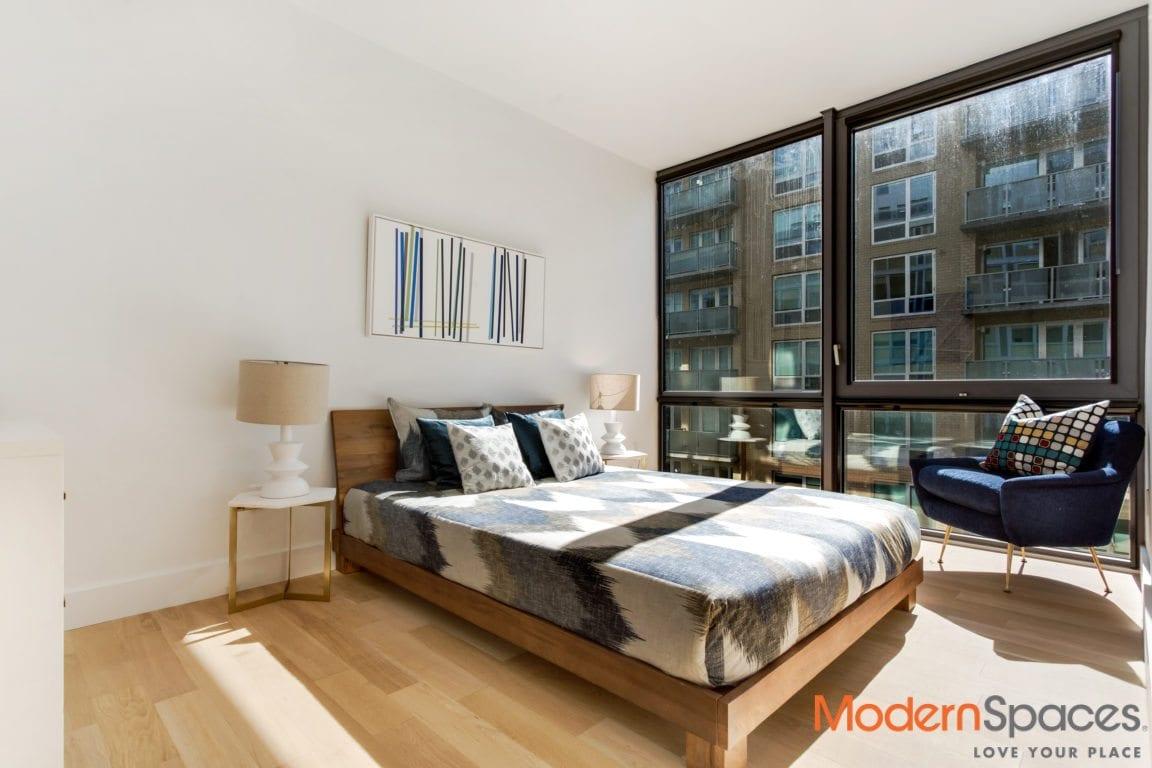 Huis24 #11G w/Huge Terrace