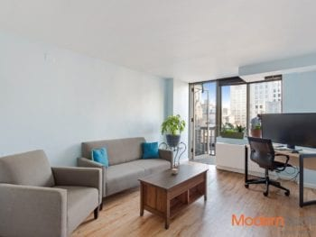 FLATIRON ONE BEDROOM WITH BALCONY FOR SALE