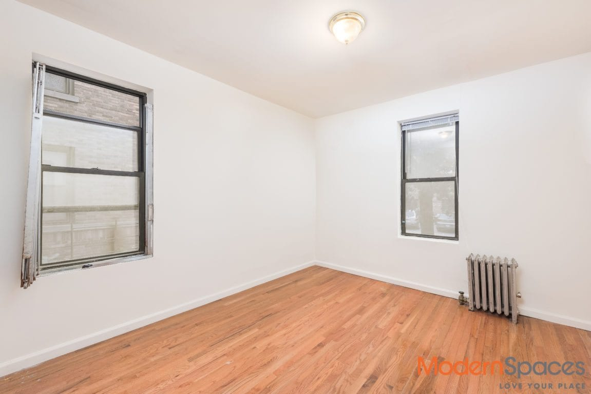 2 bedroom ready to become the home of your dreams!
