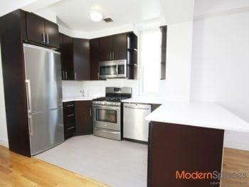 Modern 2 Bed 2 Bath 2 Balconies * Astoria* Broadway Area