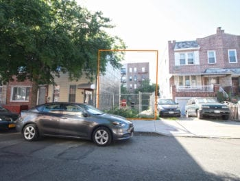 Buildable Lot For Sale in Astoria