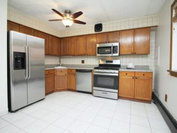 3Bed 1.5 Bath Duplex With Backyard & Parking Available *Astoria*