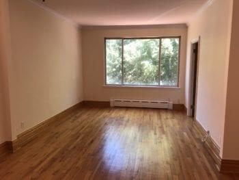 2 Bedroom Home Office , Near the Astoria-Ditmars area
