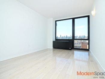 Modern 1 Bed *Gym, Laundry, Roof Deck & City Views* Astoria