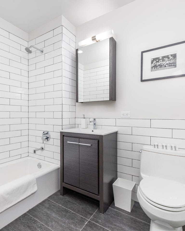 Rent Room Nyc: 40-05 Crescent Street, 3J Is A 1-bedroom Apartment For